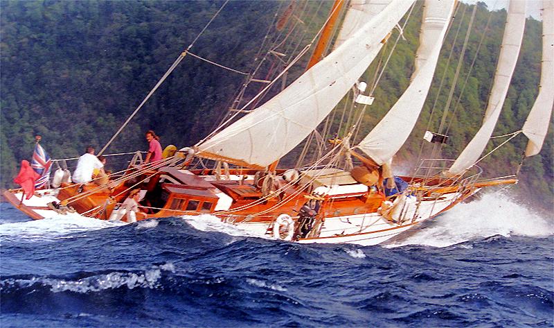 Elise full sail